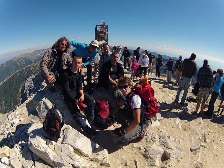 Photo of Pirotski planinari za jedan dan osvojili tri vrha u Bugarskoj
