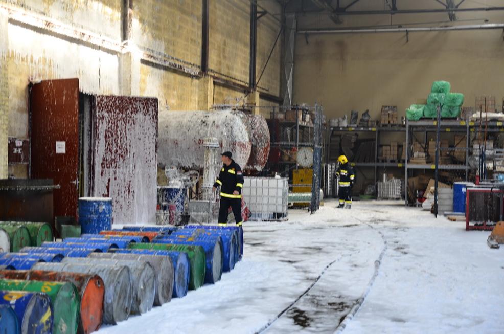 """Photo of Još se procenjuje šteta od požara u pogonu """"Tigar-hemijskih proizvoda"""""""