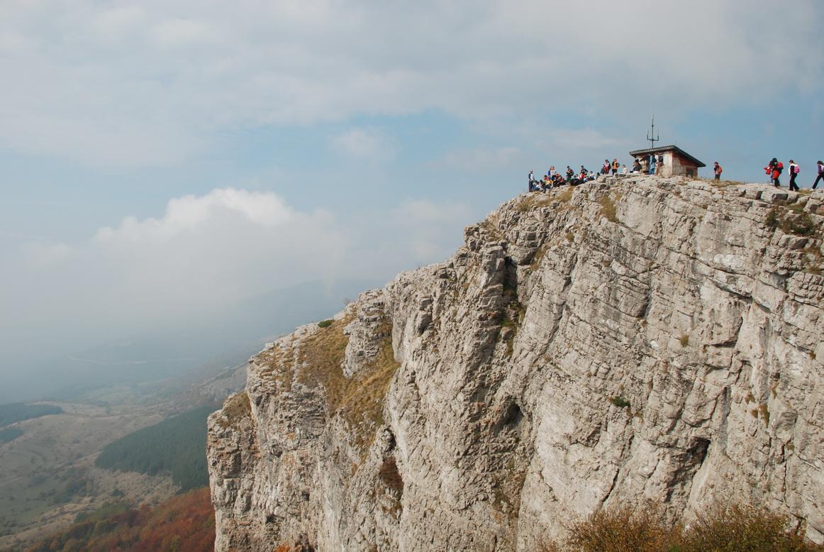 Photo of Pirot dobio tri licencirana planinarska vodiča