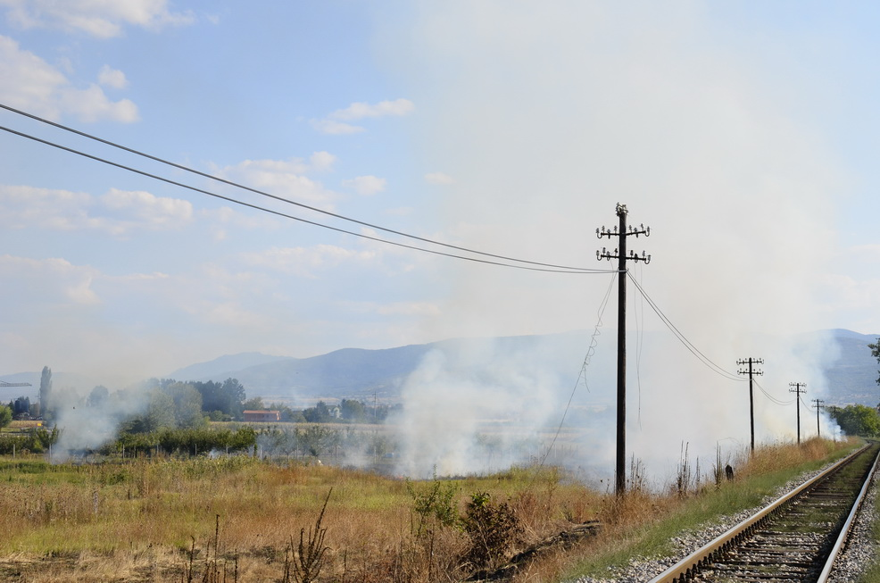 Photo of Lokomotive ponovo seju požare(FOTO)