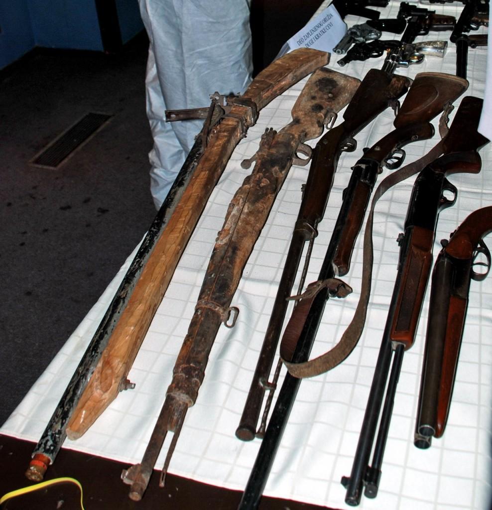 rucno pravljeno oruzje