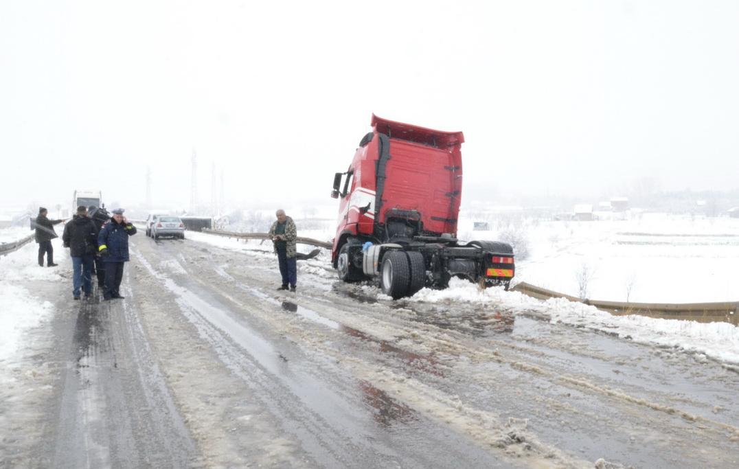 Photo of Sneg ponovo iznenadio putare