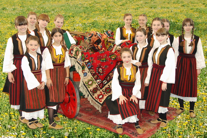 "Photo of Pirotski folklorci na ""Danima pirinča"" u Makedoniji"