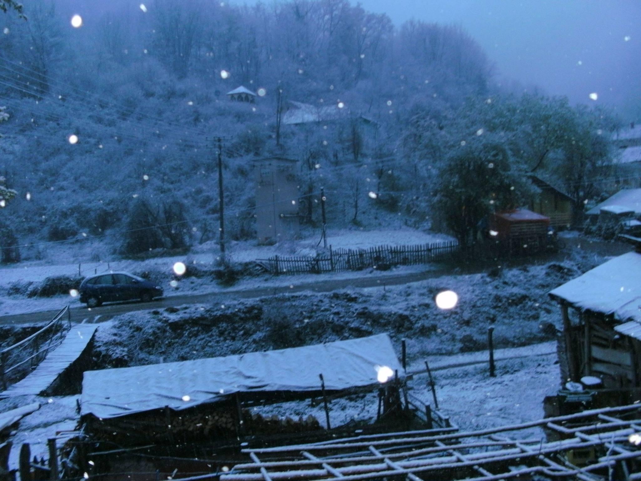 Photo of Sneg zavejao planinska sela