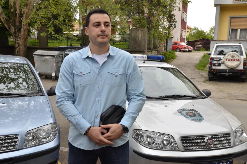 Photo of Policijski pregovarač  spasio četiri života
