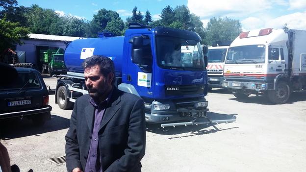 Photo of Opština šalje čizme i cisternu sa pijaćom vodom