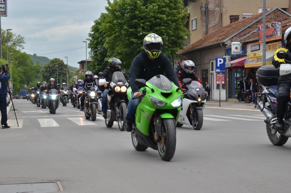 Photo of Svi pirotski bajkeri vozili počasni krug za Marka