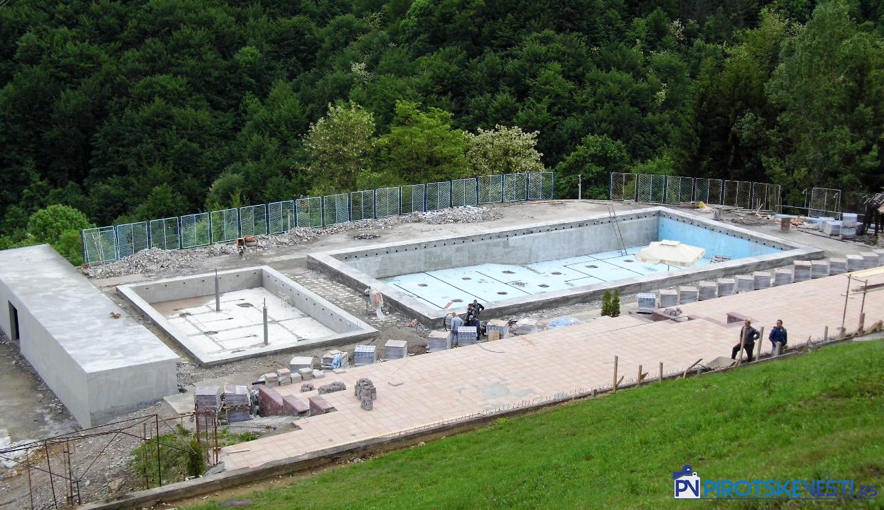 Photo of Rekonstruiše se bazen u Zvonačkoj banji