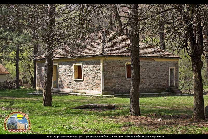 Photo of Od karaule u Dojkincima moderan turistički objekat