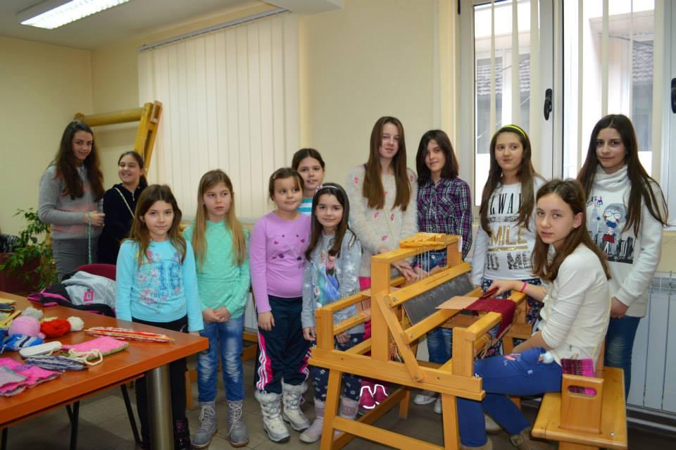 Photo of Škola tkanja u Božićnoj školi
