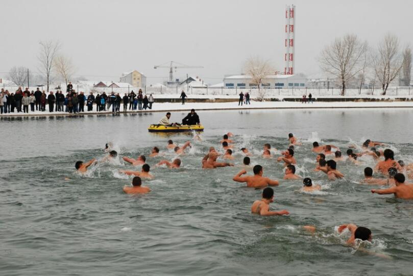wpid-rekordan-broj-plivaca.jpeg