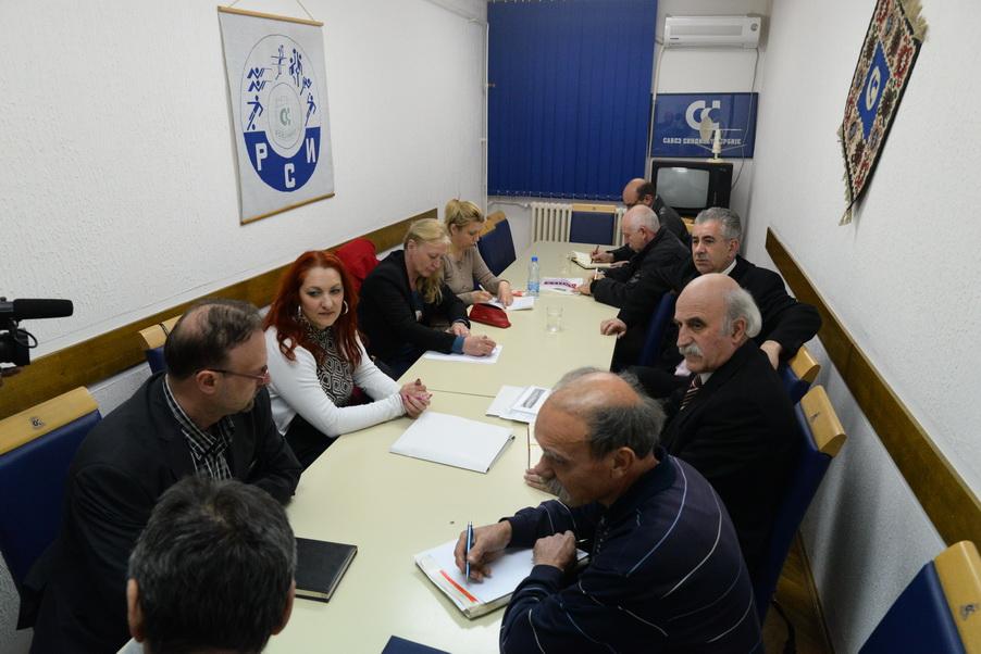 Photo of Nepovoljan materijalno-socijalni položaj zaposlenih u Pirotskom okrugu