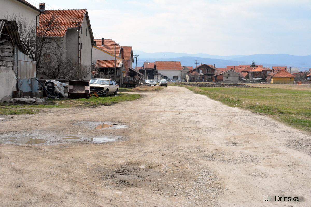 Photo of Drinska, Crni Vrh i Savska dobiće asfalt ove godine