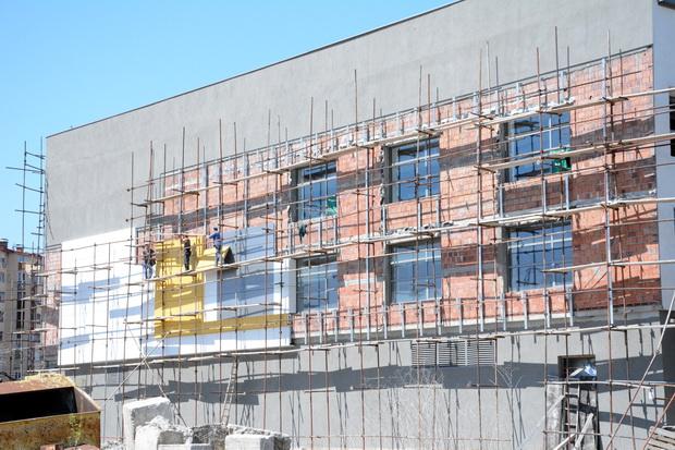 Photo of Foto vest: Završni radovi na fasadi bazena