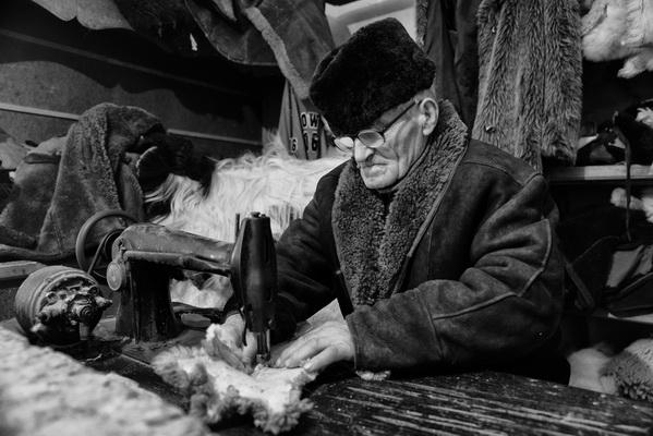 """Photo of Izložba fotografija """"Stari zanati Lužnice"""" u Nišu"""