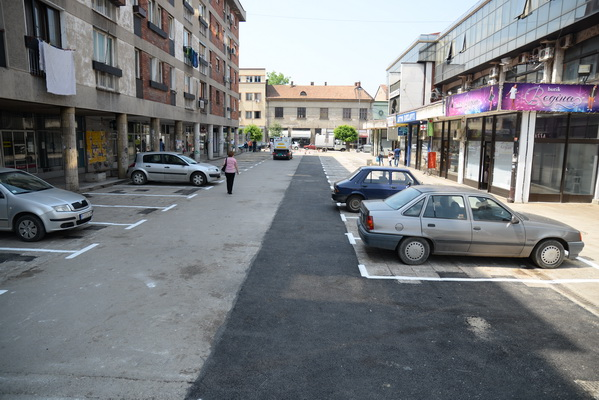 Photo of Asfaltiran parking iza Doma kulture