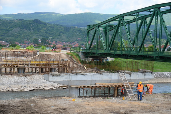 Photo of Počinje montaža nosača na mostu na Drugom ringu