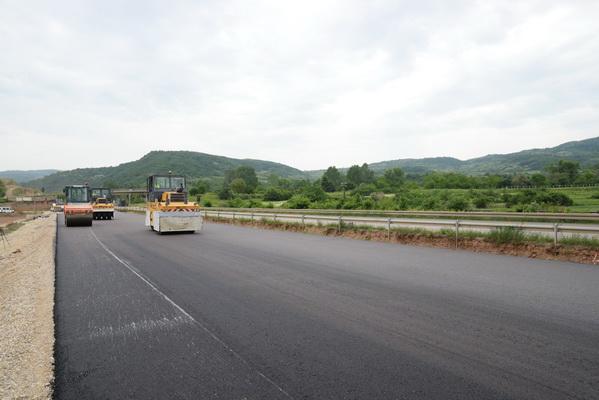 Photo of Uređenje gradskih ulica i puteva ka selima
