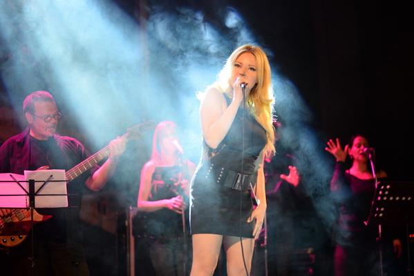 Photo of Spektakularan koncert Ivane Jordan u Pirotu(foto galerija)