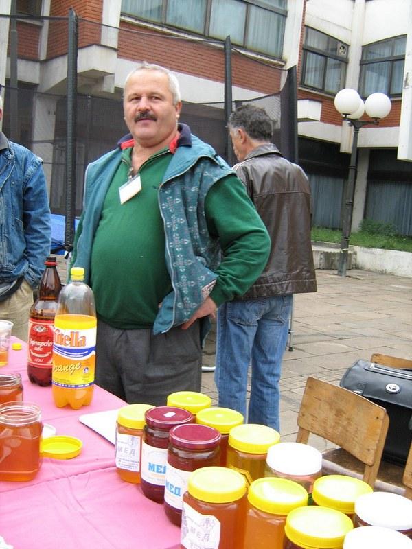 Photo of Pirotski pčelari:godina slatka  kao med!