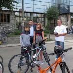 Siromašnoj deci i mališanima bez roditeljskog staranja na poklon bicikli