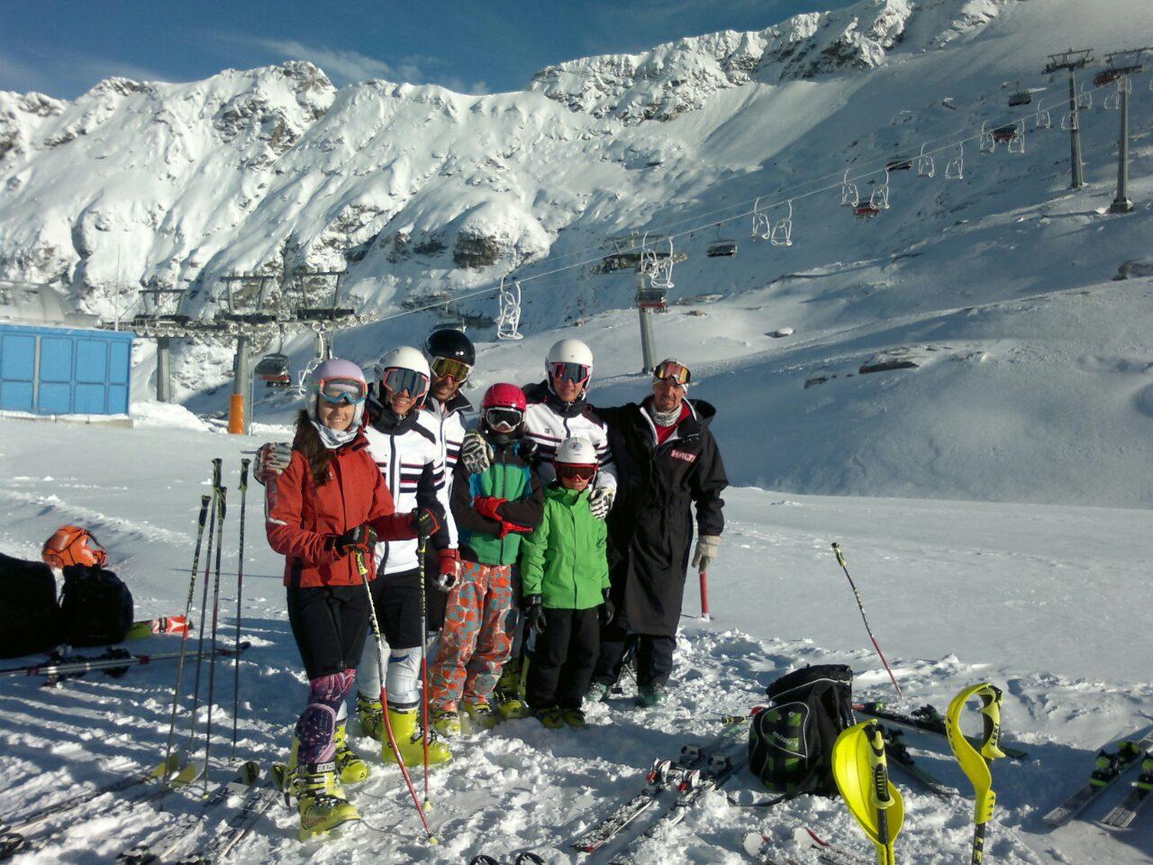Photo of Pirotski skijaši na pripremama na glečeru u Austriji