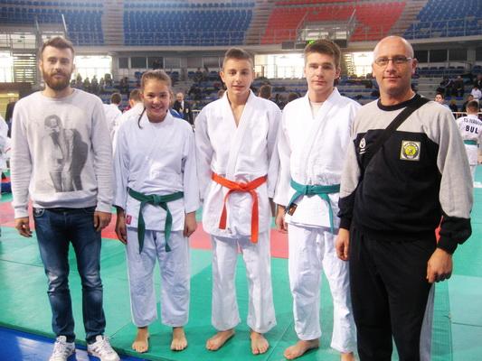 Photo of Nađi Antić srebro, Veljku Denčiću i Nikoli Maniću bronze