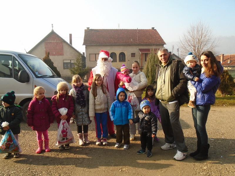 Photo of Besplatni paketići za mališane iz Novog Zavoja