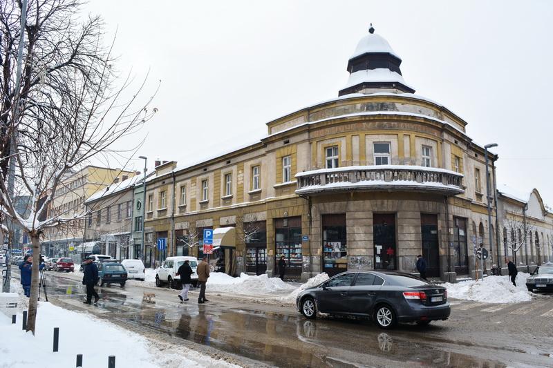 pirot sneg