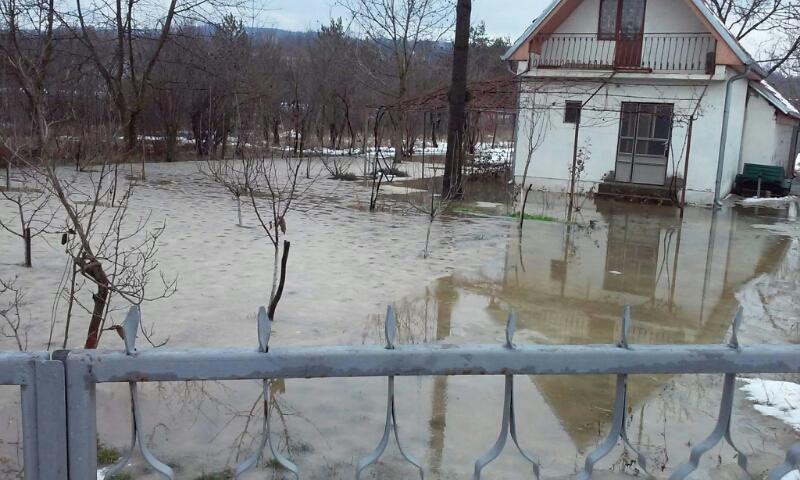 Photo of Voda ušla u nekoliko domaćinstava u selu Gradište