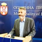 Popović: Propala licitacija za zakup državnog zemljišta