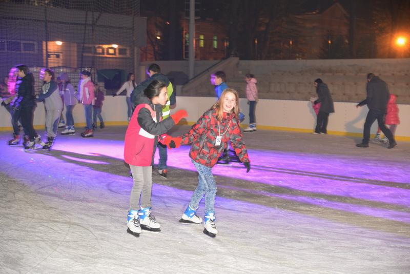 Photo of Gradsko skijalište počelo da radi od danas, sutra Gradsko klizalište na Omladinskom stadionu