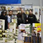 Jubilarni 20. Salon knjige i grafike u Pirotu od 14. do 21. februara. Sajam otvaraju  književnik Vule Žurić i gradonačelnik Vasić