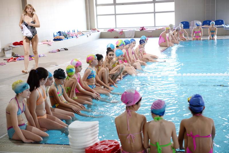 Photo of Više od 1200 pirotskih osnovaca uči plivanje u Zatvorenom bazenu
