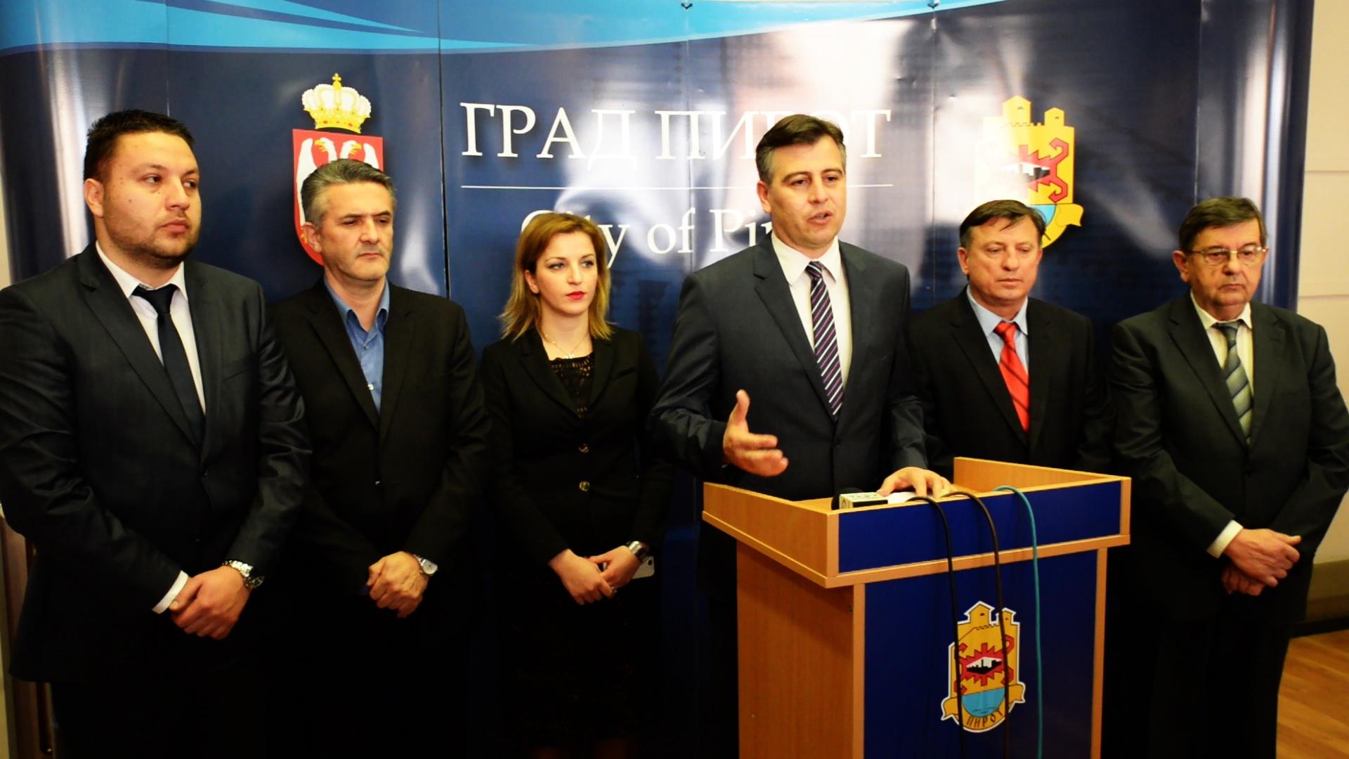 Photo of Vasić: Centri poput Pirota će nositi razvoj Srbije