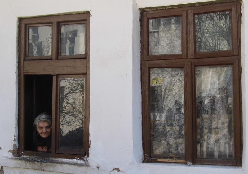 kroz prozor