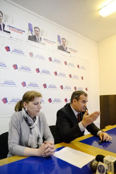 Photo of Pirotski naprednjaci:Vasić za Pirot, Vučić za Srbiju
