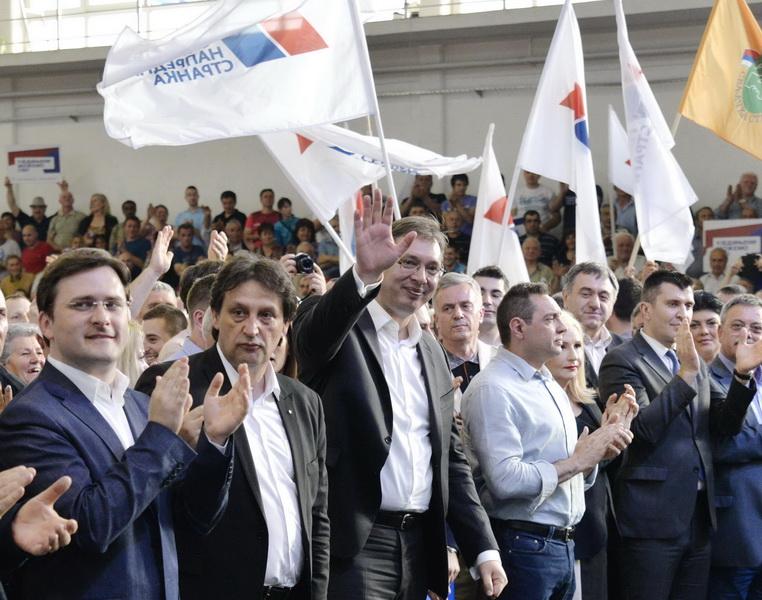 Photo of Vučić u Pirotu:Ujedinjeni sa narodom-to je naša politika
