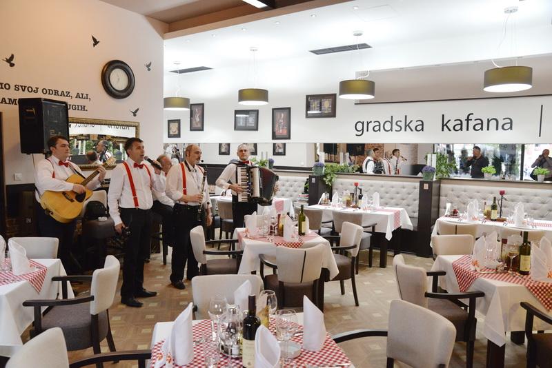 Photo of Otvorena Gradska kafana u hotelu Ana Lux Spa