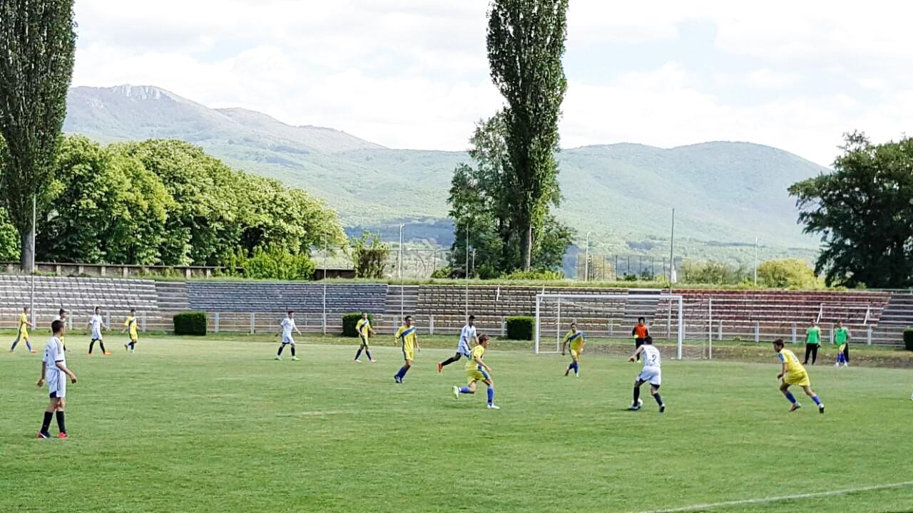 Photo of Omladinci Radničkog nerešeno sa Vranjancima 1:1