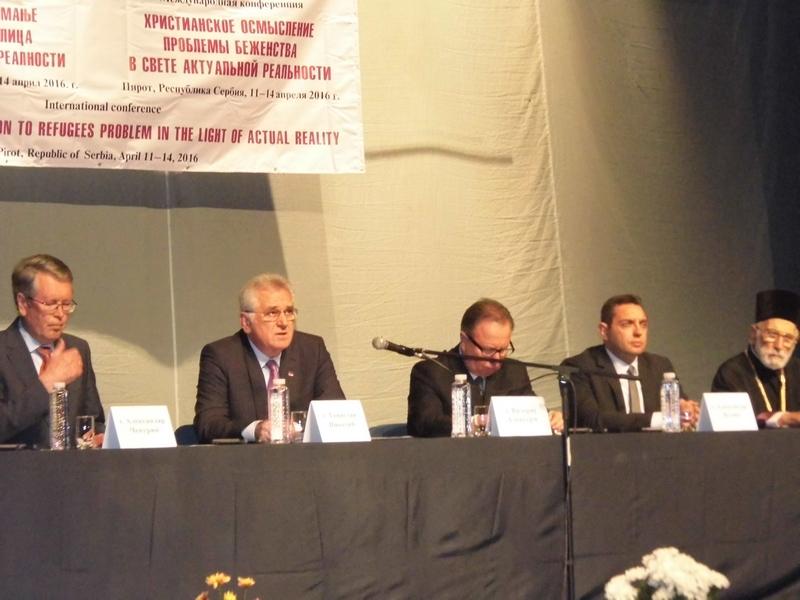 Photo of Nikolić otvorio konferenciju o izbeglicama