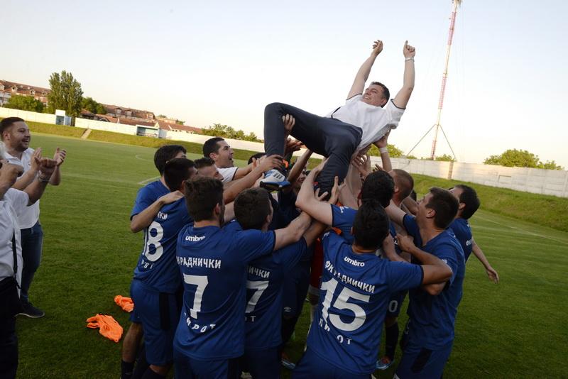 Photo of Trener Živković:Fudbal i poštenje mora da pobedi na kraju