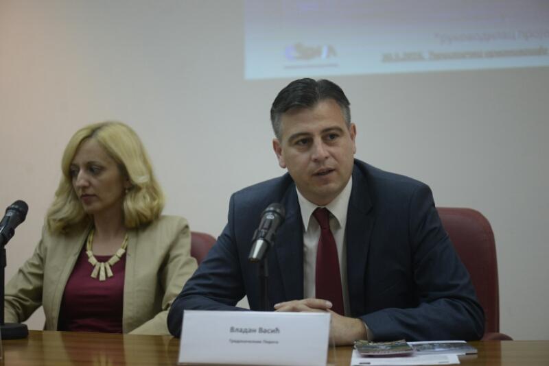 Photo of Srpskoj javnosti prezentovana nagrada Gostuši iz Španije