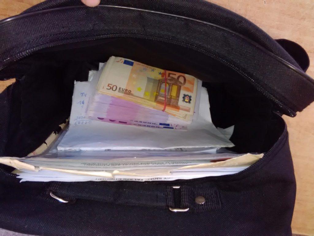 torba sa 54.000 neprijavljenih evra 03 06 2016
