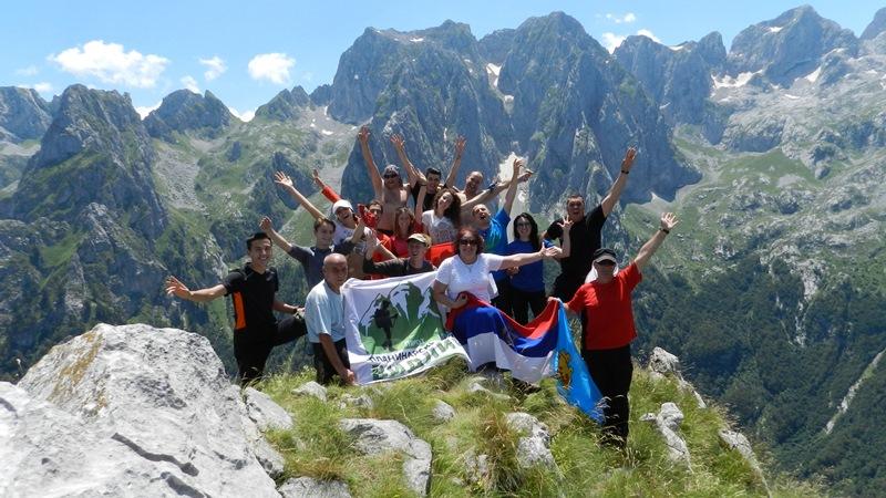 Photo of Usponom na vrhove Prokletija proslavili godišnjicu osnivanja kluba