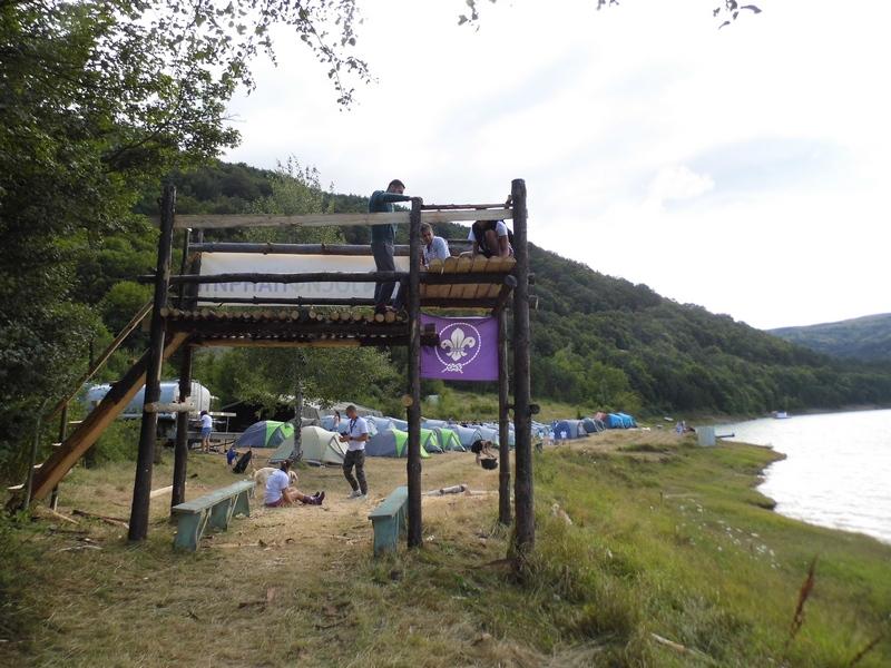 Photo of Na Zavojskom jezeru kampuje stotinjak izviđača