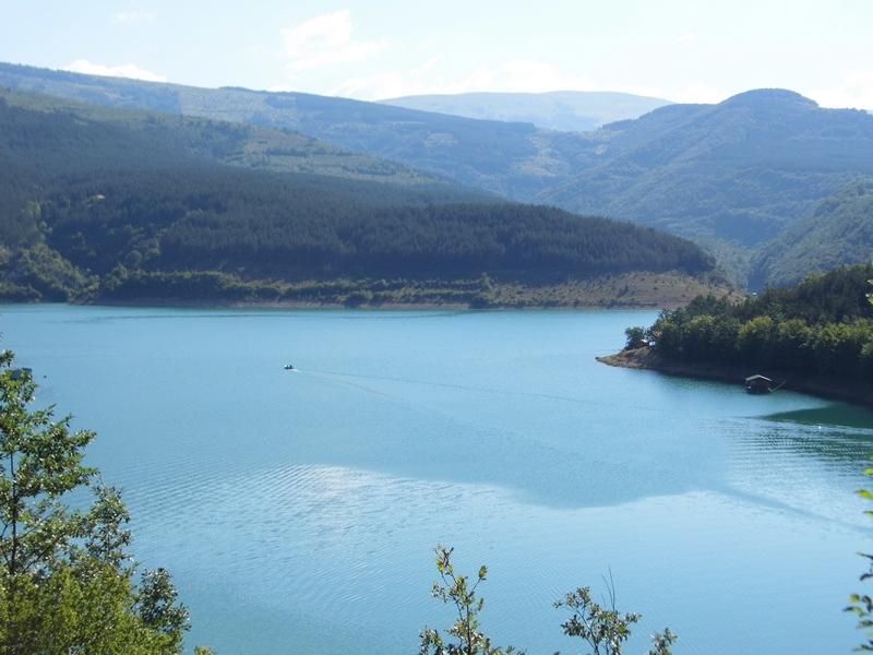 Photo of Nesreća na Zavojskom jezeru:utopio se kod Gostuškog zaliva!
