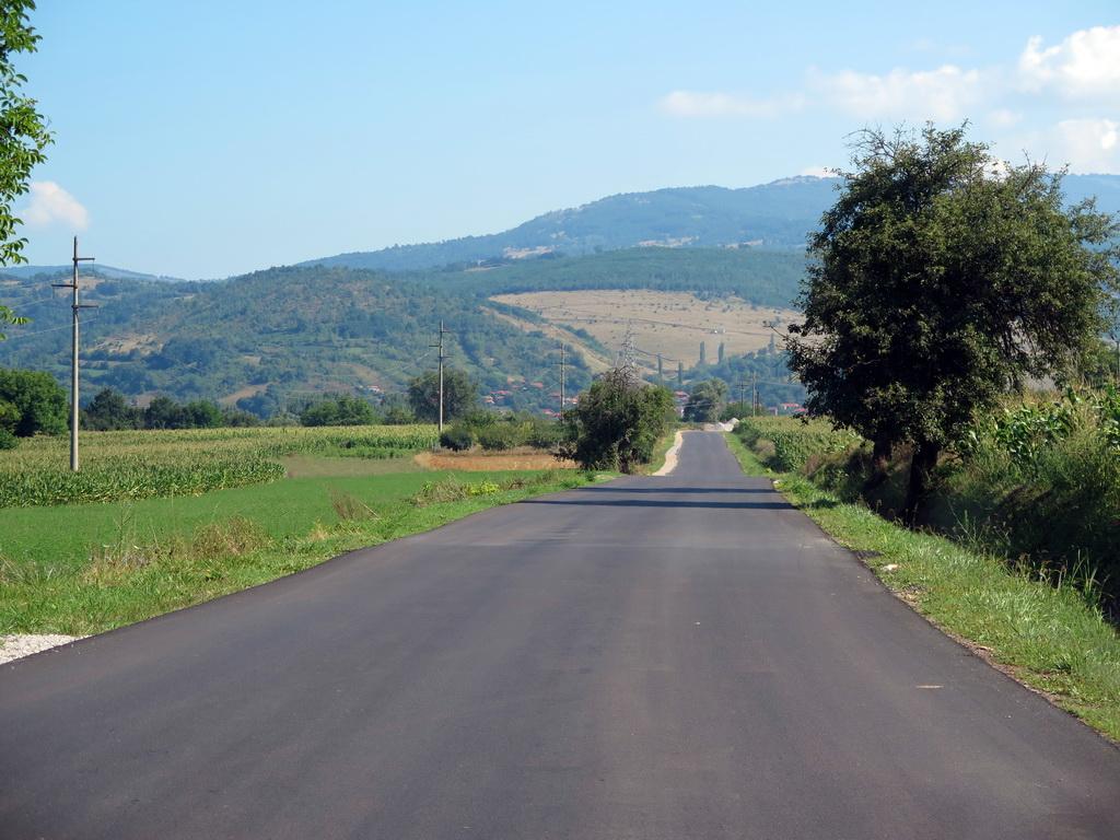 Photo of Napokon – Novim asfaltom od Sopotske petlje, preko Temske do Cerove