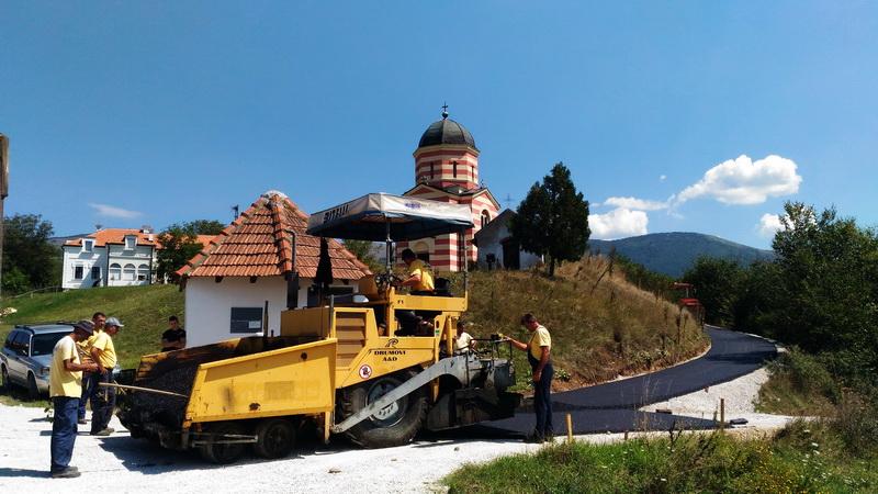 Photo of Asfaltira se prilaz do manastira Svetog Jovana kod Krupca