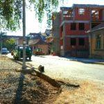 Radi se i druga strana trotoara u ul. Danila Kiša